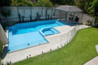 Raised spa pool - Hurstville