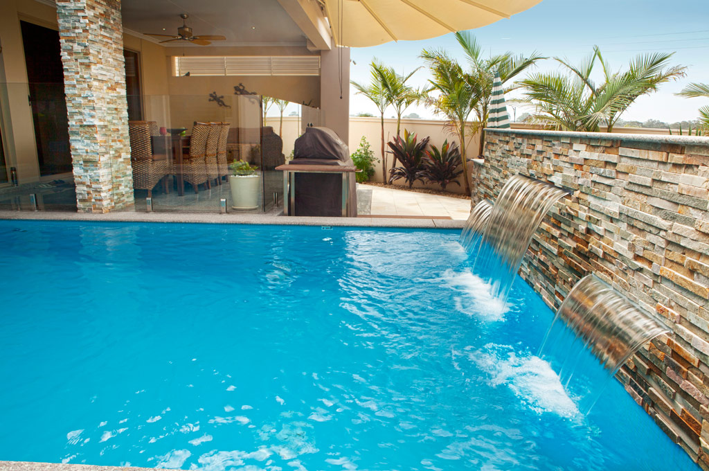 Indoor outdoor pool - Bella Vista - Crystal Pools