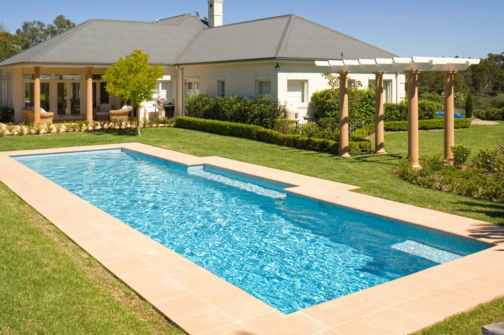 Luxury pool Duffys Forest