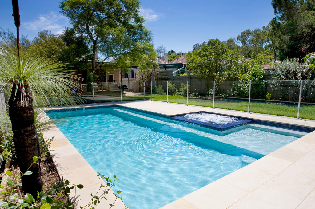 Swimming pool and spa marrickville crystal pools for Pool with pool house