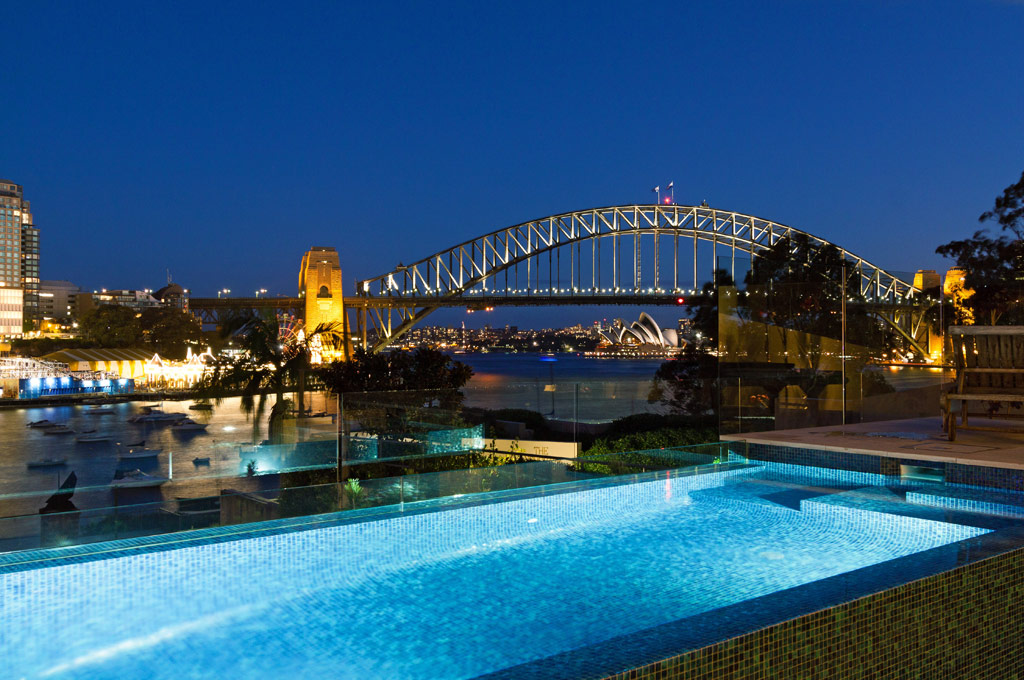 MacMahons Point Pool